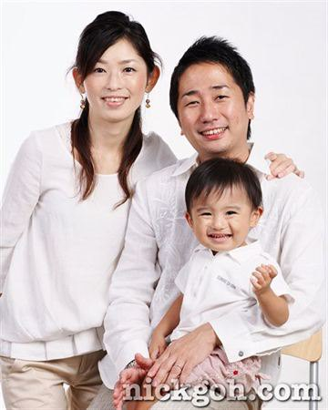 Asian Family Studio Portrait - Nick Goh Photo Studio